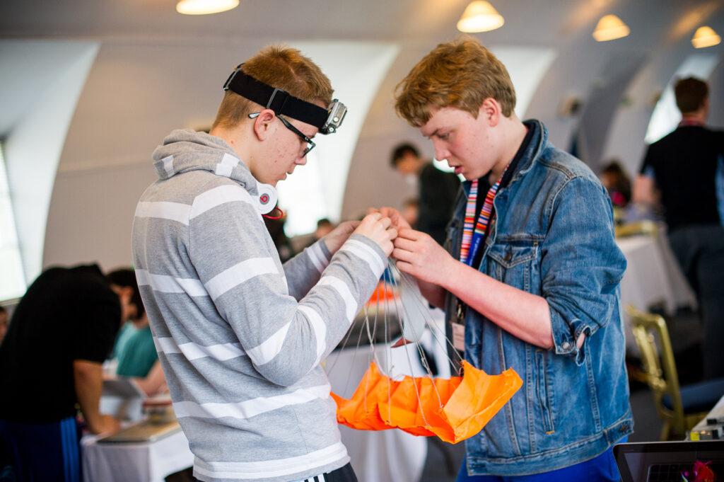 STEM Clubs | Derbyshire & Nottinghamshire SLP